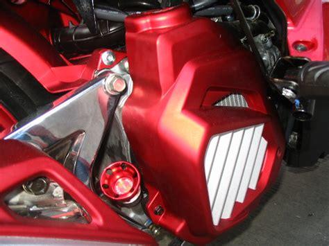 Shockbreaker Belakang Vario 125 Pro Z Merah ngecat motor vario techno 125 cat merah pesanan mr yusdi cirebon