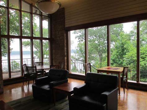 lake cumberland state resort park genuine kentucky
