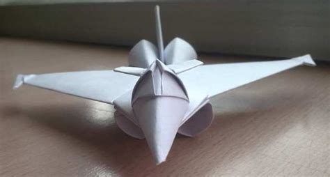 Origami Fighter Planes - what s the best paper plane the lounge kites