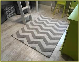 Gray Chevron Area Rug Yellow And Grey Chevron Rug Home Design Ideas