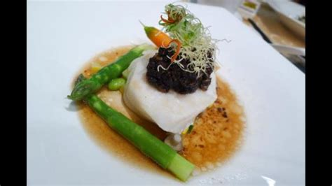 jia wei restaurant new year menu try delicious oysters traditional dessert and