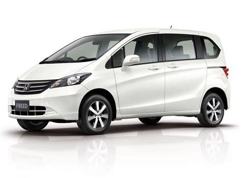 Autobewertung Mobile by Harga Dan Spesifikasi Toyota Sienta Di Indonesia Review