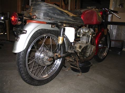 agustos  motosiklet koltuk doeseme    motor