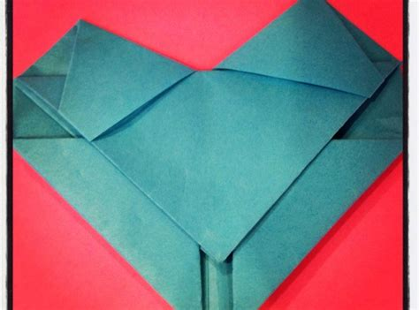 Origami Letter I - how to make an origami letter snapguide
