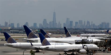 united airlines in yet another customer service the government isn t happy that united wants to take over
