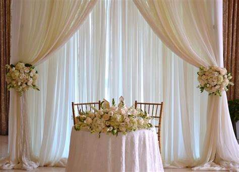 wedding backdrop cost 17 best ideas about table backdrop on