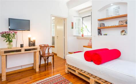 airbnb lisbon uma casa portuguesa our airbnb rental in lisbon backpack me