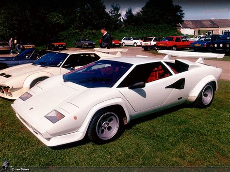 Lamborghini Countach White Countach Lp500 Quattrovalvole Lp500qv45 Hr Image At