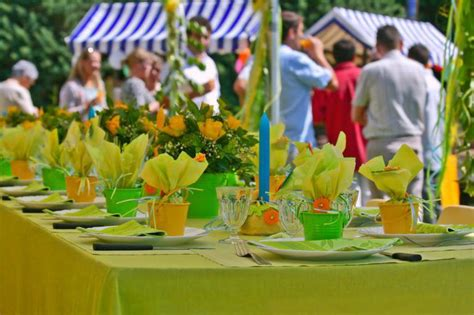 summer party ideas citrus themed 37 table decoration ideas for a summer garden party