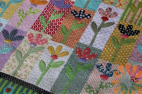 Flower Patchwork Quilt - n quilt scrappy flower quilt custom machine