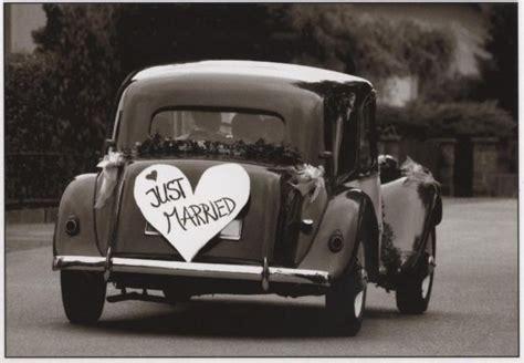 Just Married Auto Postkarte by Lustige Postkarte Just Married Hochzeitskarten
