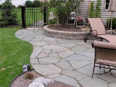 17 best ideas about inexpensive patio on