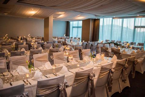 intimate wedding venues canberra forrest suite rydges capital hill canberra