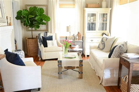living room plant iron twine fiddle leaf fig tree