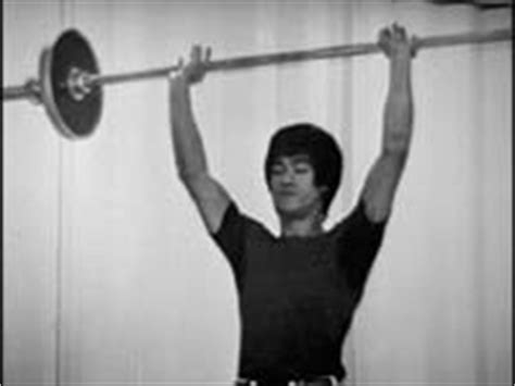 bruce lee bench press from the archives bruce lee s back injury straight to