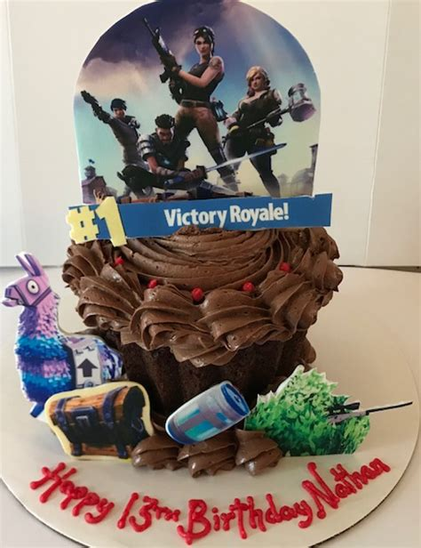 fortnite giant cupcake  cupcake delivers