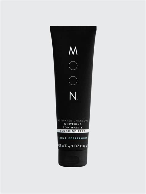 activated charcoal fluoride  whitening toothpaste