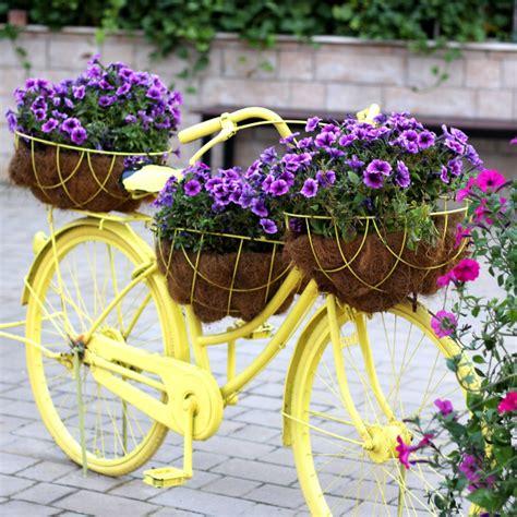 Garden Art   Creative ideas by Recycling   The Gardening Cook