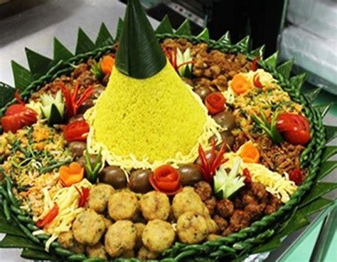 cara membuat nasi uduk beserta lauk pauknya cara membuat nasi tumpeng sederhana pickerill creative