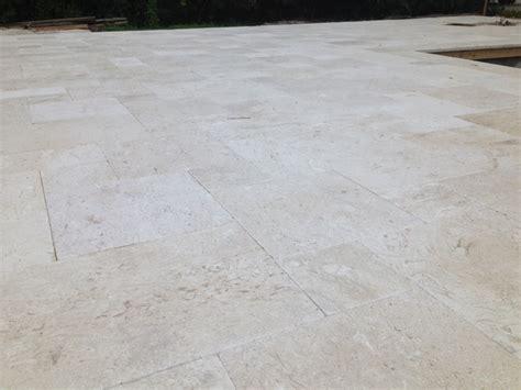 limestone patio pavers limestone pavers in ashlar pattern