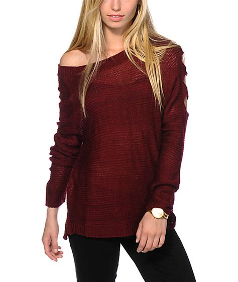 Sweater Coolwoman Maroon trillium cold shoulder burgundy sweater