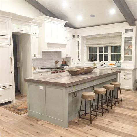 Kitchen Island Nh Best 20 Painted Island Ideas On Blue Kitchen