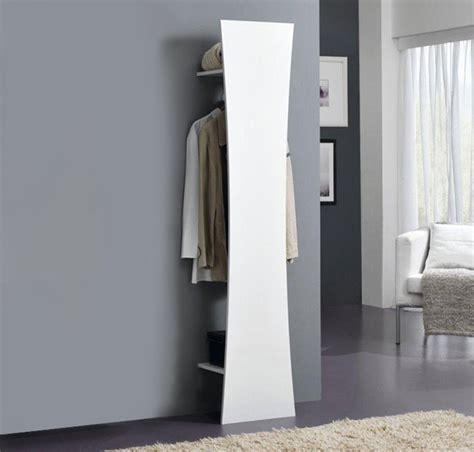 mobili da ingresso appendiabiti appendiabiti da ingresso finitura bianco laccato lucido