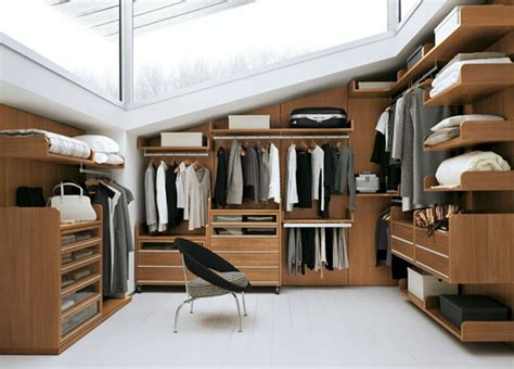a schematic closet of my dreams usona