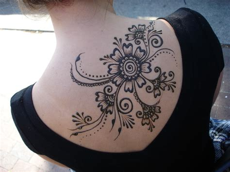 tattoo flowers on back henna tattoos page 2
