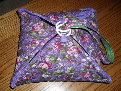 free pattern quilted casserole carrier casserole carrier wreaths pinterest casserole