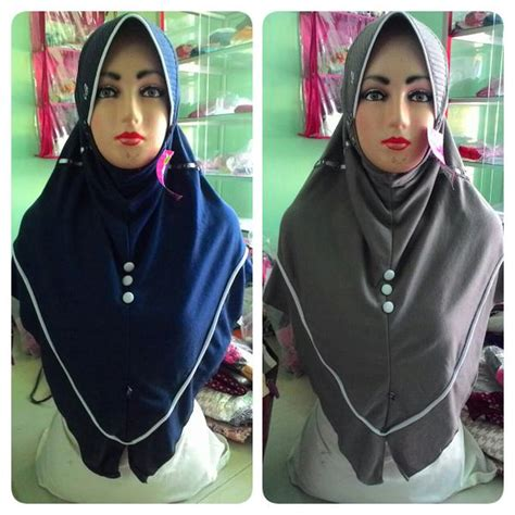 Jilbab Rabbani Warna Hitam kerudung great new innova terbaru paling laris