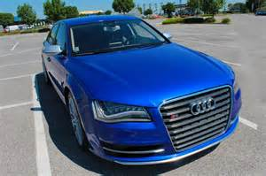 audi s8 wrapped with 3m gloss cosmic blue