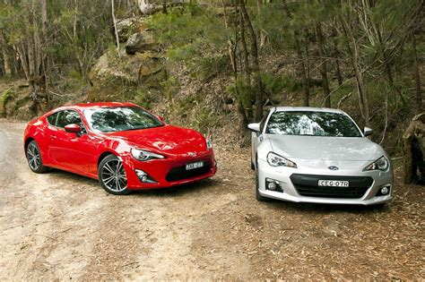 toyota subaru brz toyota 86 vs subaru brz comparison review photos 1 of 18