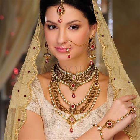 Latest Fashion 2013: Bridal Jewelry Gold Sets Latest Fashion 2013