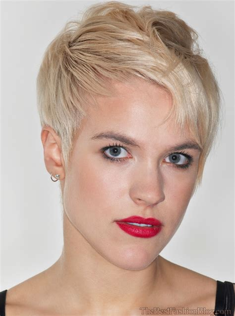 short haie cuts older womens short haircuts find hairstyle