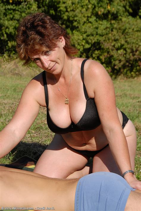 Misti And Jan Busty Year Old Misti Gets Her Mature Pussy Plugged Outdoors