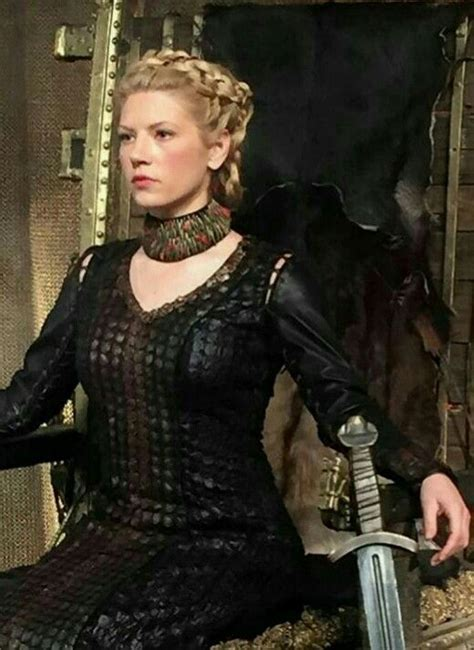 vikings hagatga hairdos lagertha new braids she looks like a queen
