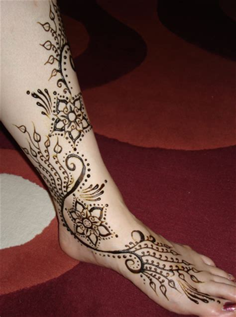 tattoos that look like henna would an actual that looks like henna with the