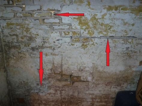 basement brick wall bowing basement brick wall problem doityourself