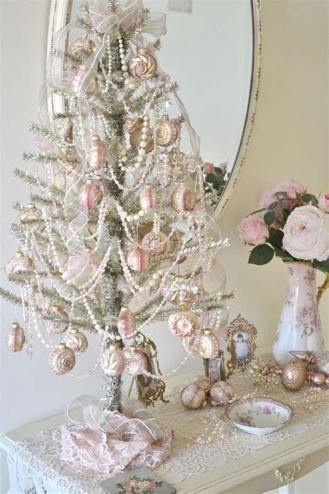 pearls mini christmas tree i do this with a mini green tree now but i think i need a silver