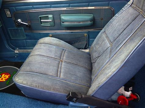 levi s gremlin with seats of the