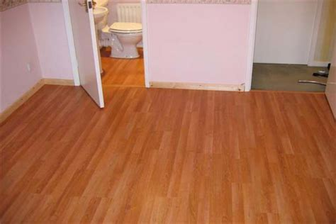 news laminate flooring in bathroom on troubleshooting