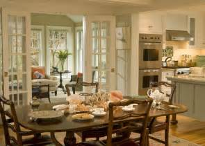 Kitchen To Dining Room Doors Beautiful Sunroom Living Room What Is The Size Of The Room