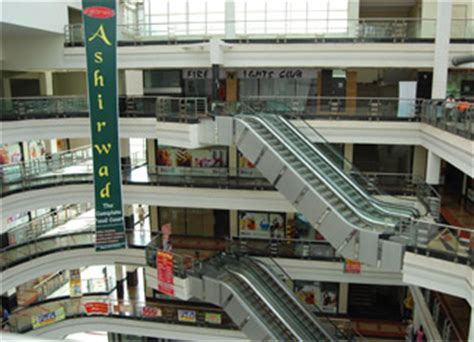 Topshop Plans Manhattan Stores by Parsvnath Mall Manhattan Faridabad Shopping Malls In