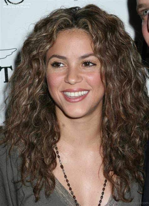 Shakira Hairstyle by 63 Hairstyles Of Shakira