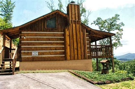 Great Outdoor Cabin Rentals by Great Outdoors Rentals Pigeon Forge Cabin Rentals