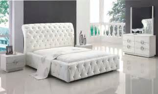 white leather with tufted button platform bedroom set