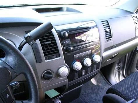 sell   silver toyota tundra double cab