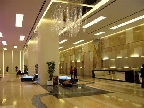 Hotel Lobby Design Apartments Lobbies 02lobbi 大堂 Filehotel Lobbies Interiors Architecture Columns Lights