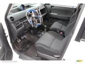 charcoal interior 2006 scion xb standard xb model
